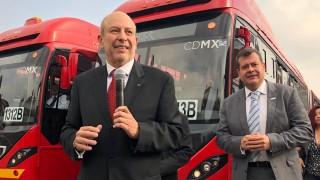 Banderazo nuevos autobuses MB